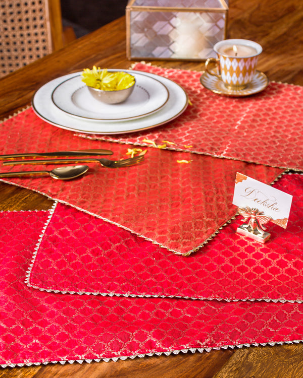 Festival Table Runner and Mats