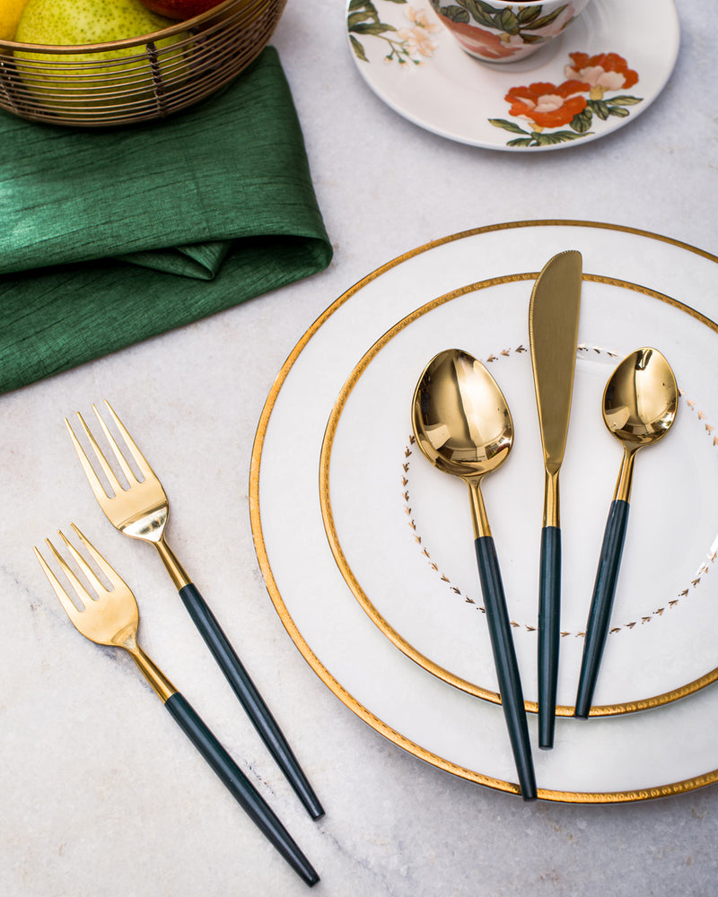 Green and gold cutlery set