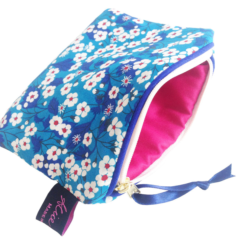 Liberty Travel Pouch- Mitsy Blue