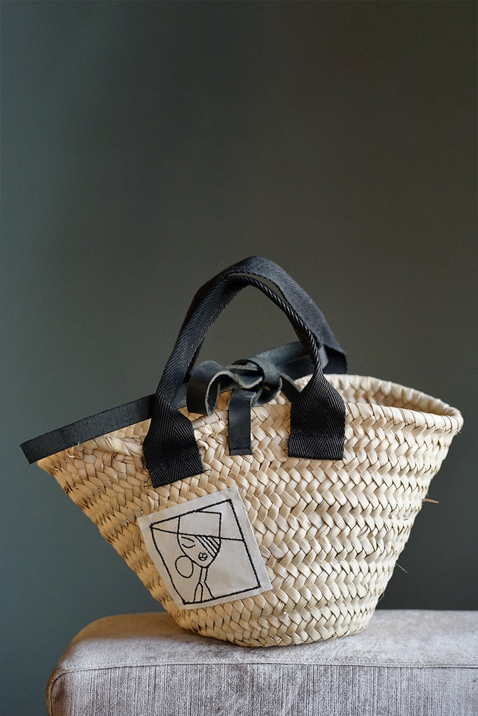 Mini basket with embroidered leather patch