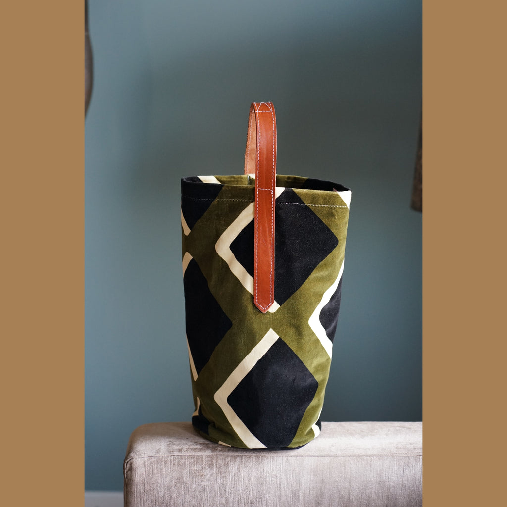 Large Tote, geometrical black & olive