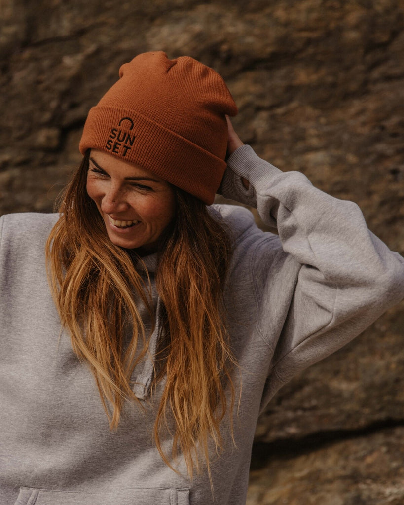 Sunset Surf Beanie - Rust