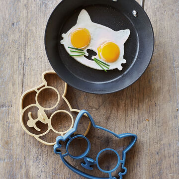 Fred Funny Side Up Cat Egg/Pancake Ring