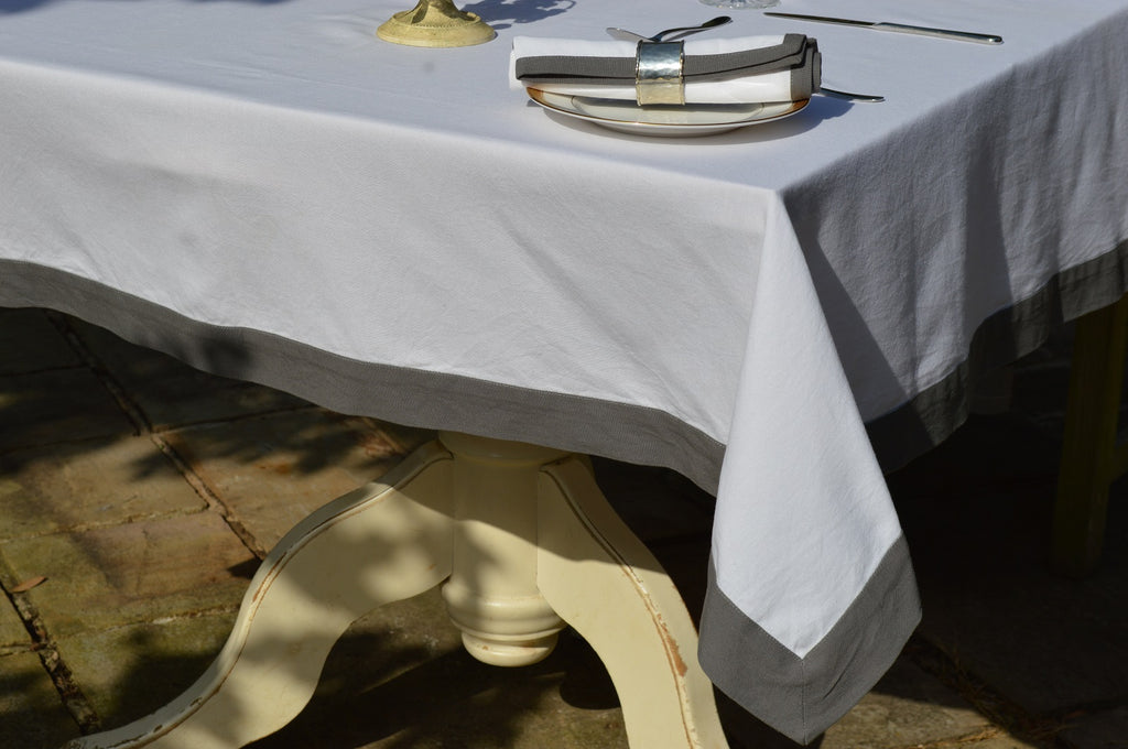Tablecloth Contrasting Edge, 100% Cotton Brilliant White / Charcoal 3 Oblong Sizes
