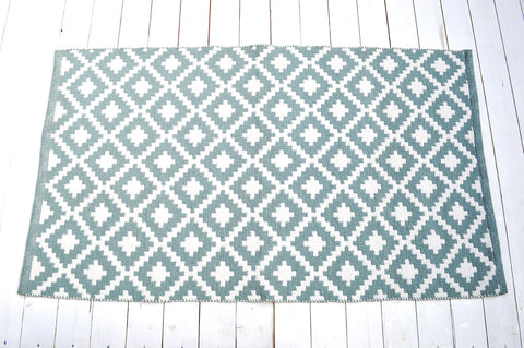 Floor Rug, 100% Cotton Diamond Weave in Seamist Green / White 2 Sizes