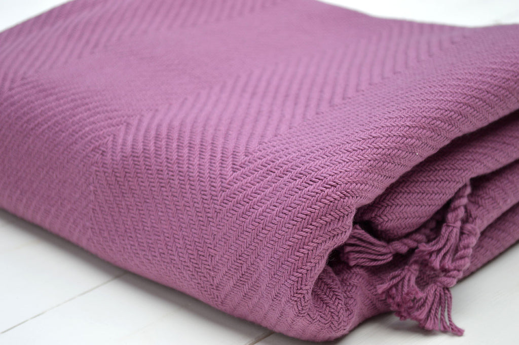 Throw, 100% Cotton Herringbone Weave 150x200cm Damson Wine