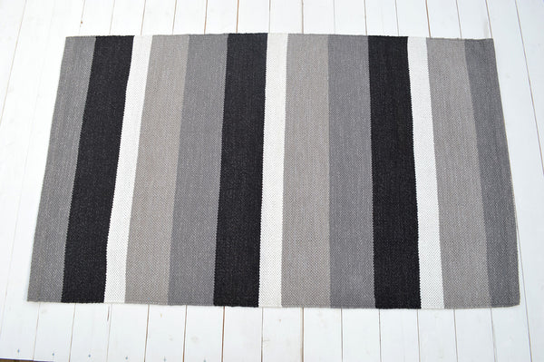 Floor Rug, 100% Cotton Pembroke Flat Weave in Charcoal / Grey / Black 2 Sizes