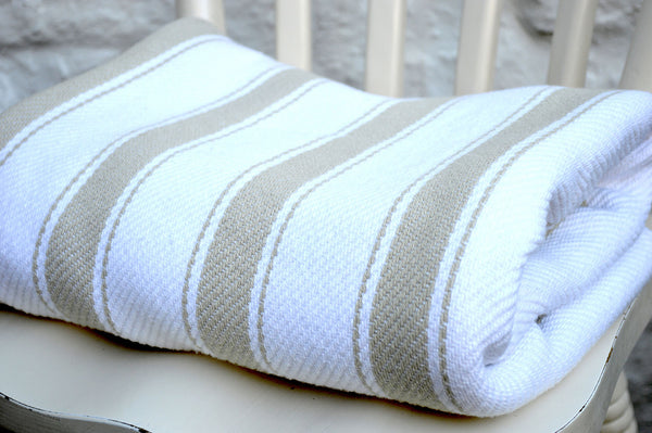 Throw, Solent Stripe in Golden Sand/White 135x152cm