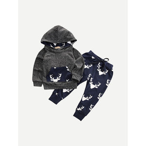 Long sleeve hoodie and sweat pants combo with elk prints