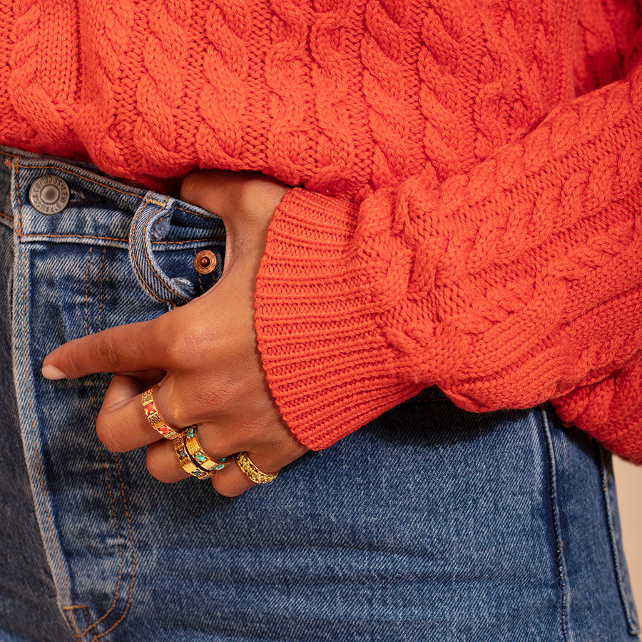 camille enrico broderie or bague corail jean pull