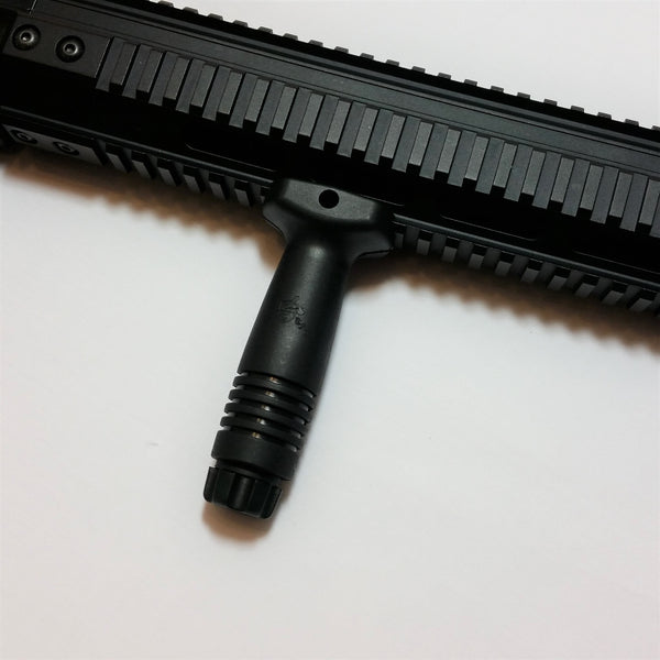 VERTICAL FRONT GRIP - BLACK - Fishbone Airsoft Company