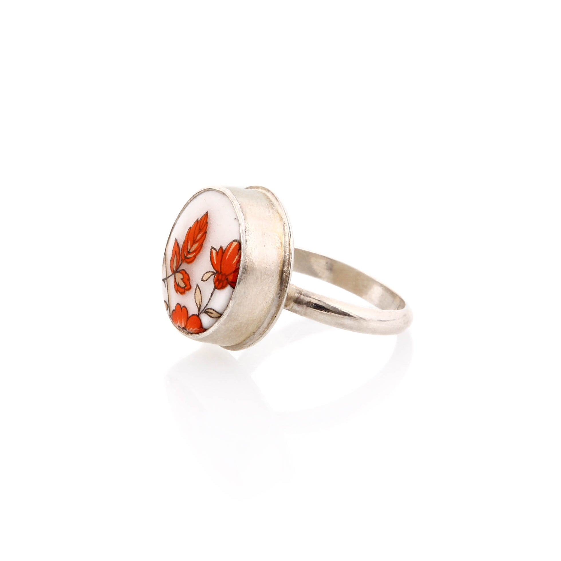 Melanie Sherman, Red Flower on White Porcelain Ring, Size 6