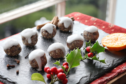 Christmas Pudding Energy Balls!