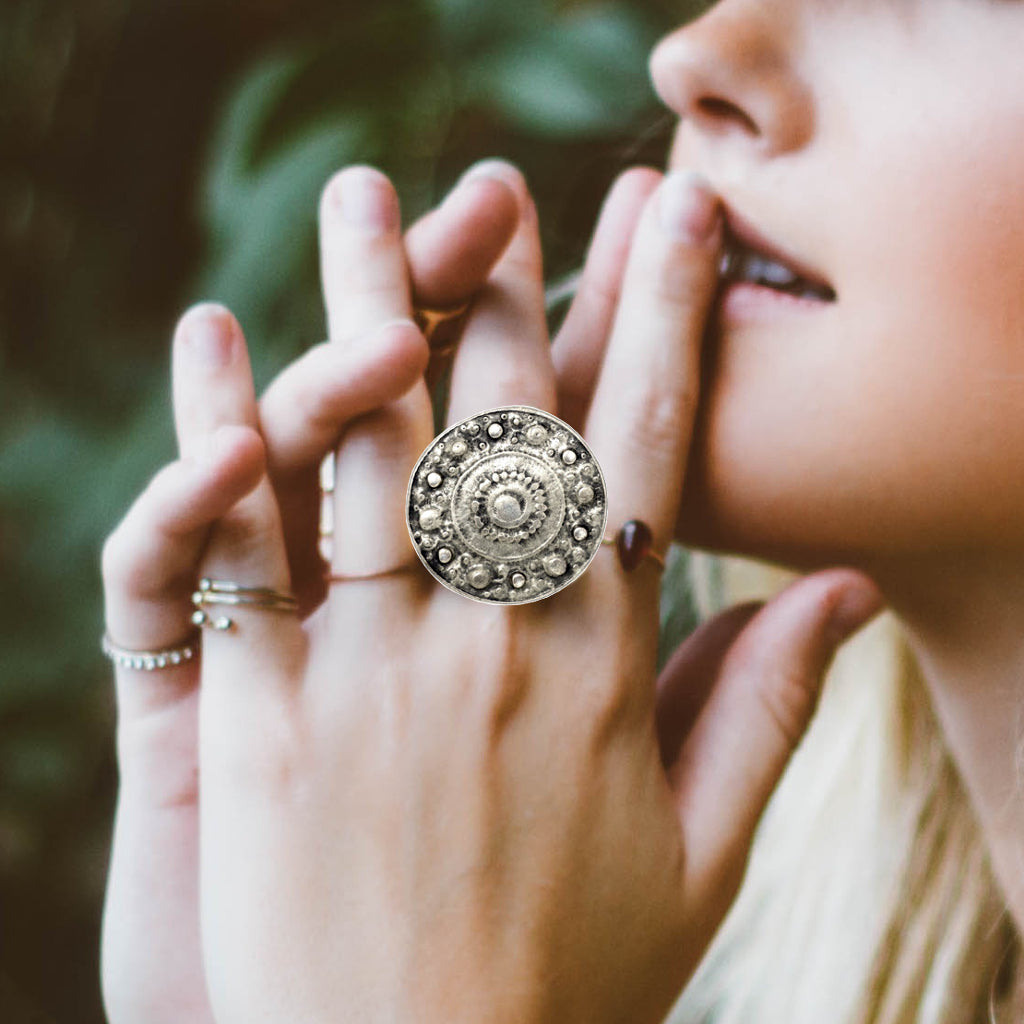 Panthea Ring