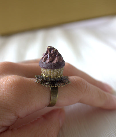 Ferrero rocher cupcake ring
