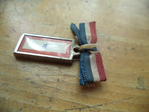 WWII Sweetheart Pin One Star Loved One in the Service Red White Blue Ribbon