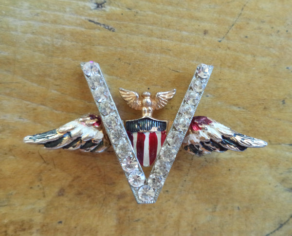 WWII V for Victory Eagle Wing Victory Pin Red White Blue Enamel