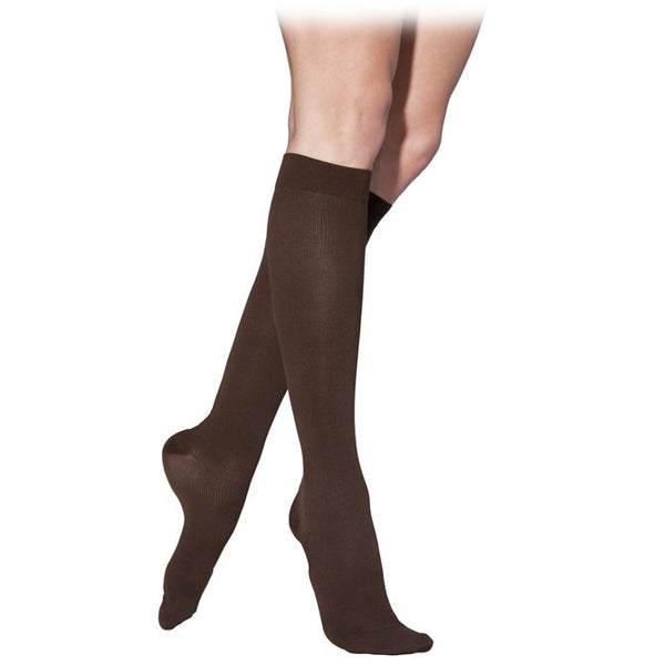 Sigvaris 232 Cotton Women's Closed Toe Knee Highs - 20-30 mmHg