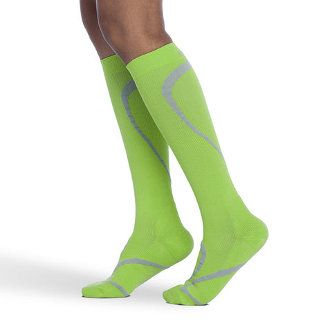 Sigvaris 412 Traverse Knee High Socks - 20-30 mmHg - Lime