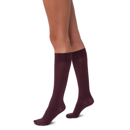Jobst Opaque SoftFit Closed Toe Knee Highs - 15-20 mmHg - Cranberry