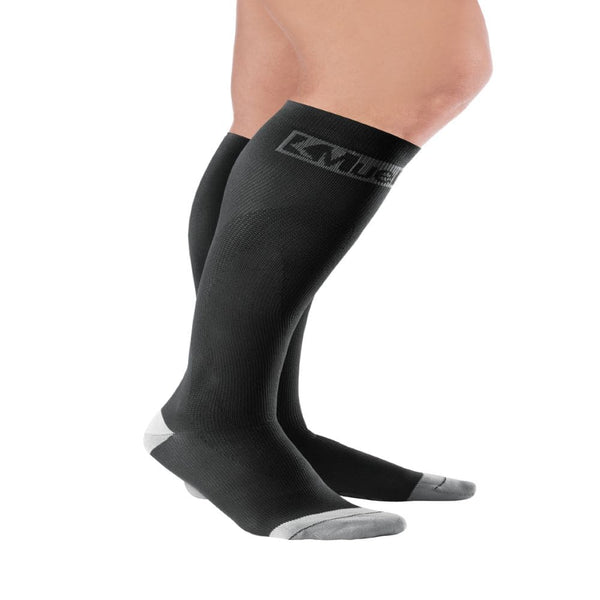 Mueller Performance Sport Sock 20-30 mmHg Small Black (Sale)