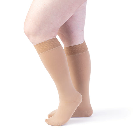 Sigvaris Secure 553 Women's Closed Toe Knee Highs w/Silicone Band - 30-40 mmHg