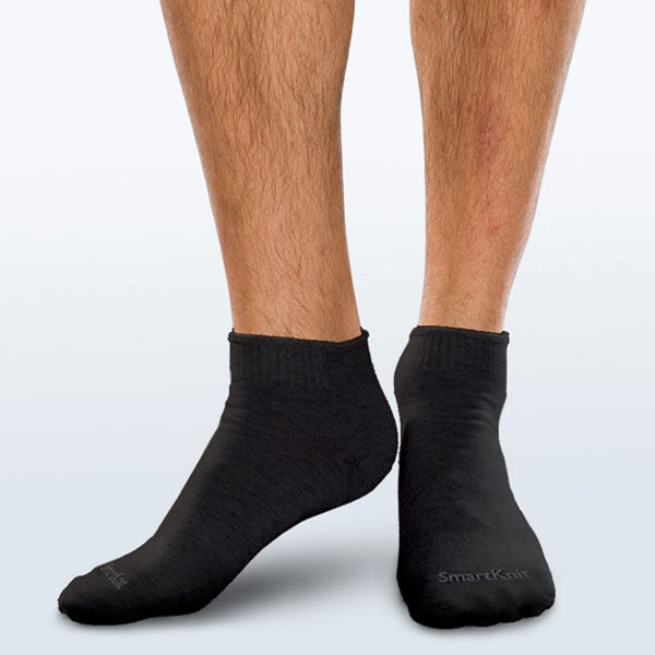 SmartKnit Seamless Diabetic MiniCrew Socks w/X-Static Silver Fibers Black