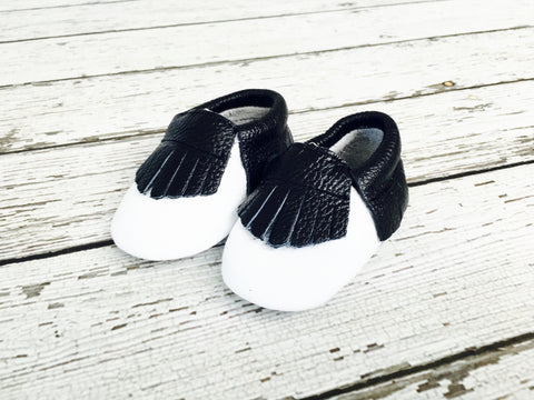 CLEARANCE - FINAL SALE- Black/White Two-tone Leather Baby Moccs