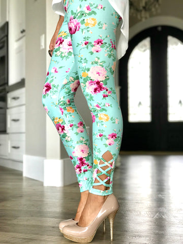 Mint Floral Criss Cross Leggings