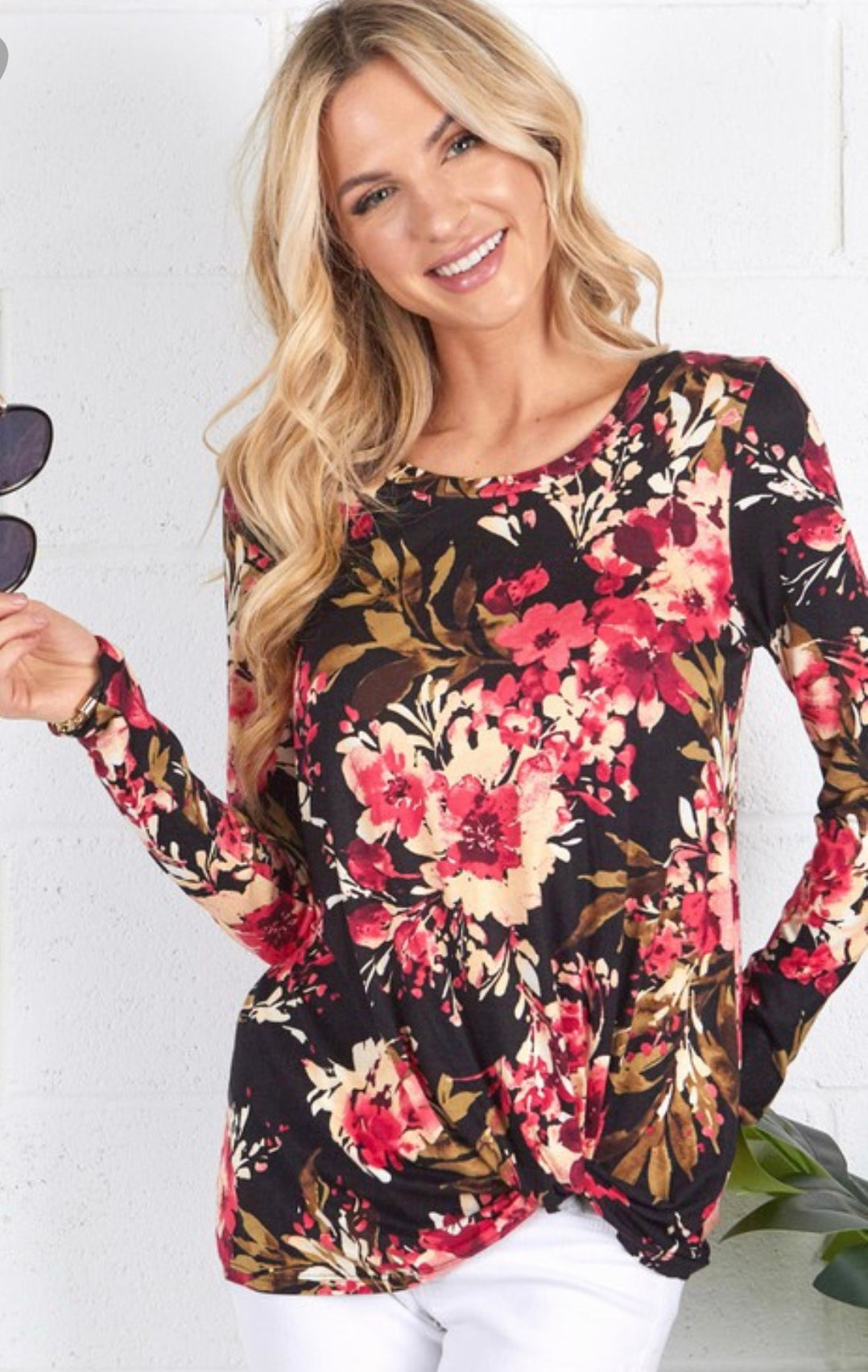 Floral Front Twisted Long Sleeve Top