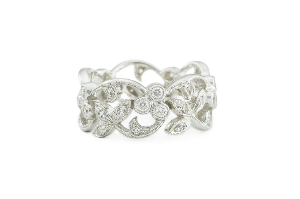 Leaves and Berries Eternity Band