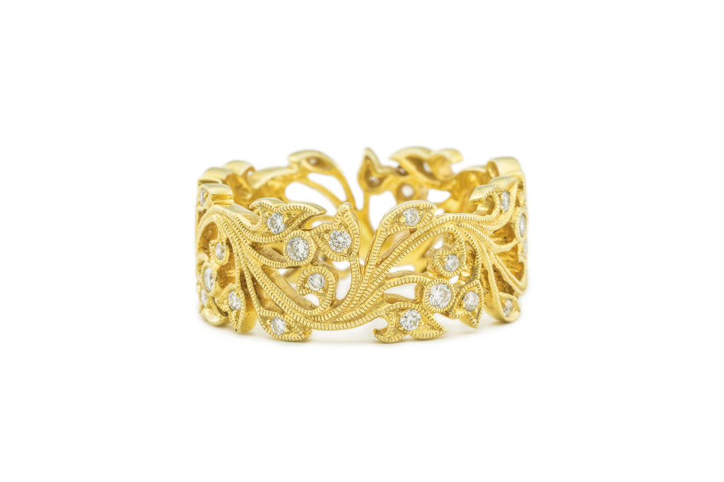 Flowering Vine Eternity Band