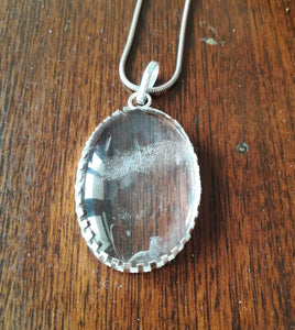 Sphatik clear crystal quartz pendant locket