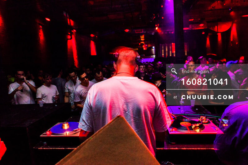 160821041 |  JOY ORBISON driving the warehouse dance floor. Abstract views at Electric Minds 10: Sublimate wi... | Team Chuubie