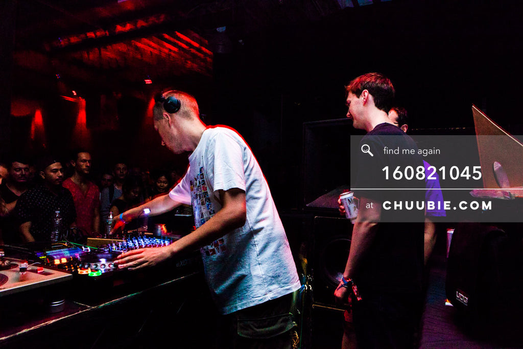 160821045 |  JOY ORBISON behind the decks driving the warehouse dance floor. Matt Sagotksy chatting with Ben ... | Team Chuubie