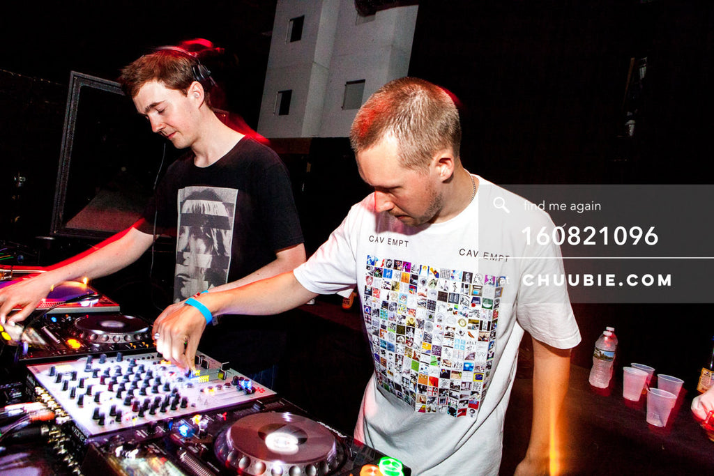 160821096 |  Ben UFO (Ben Thomson) & Joy Orbison (Peter O'Grady) DJing side by side. Electric Minds 10: S... | Team Chuubie