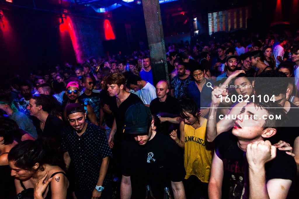 160821104 |  Completely full dance floor at Brooklyn warehouse party. Electric Minds 10: Sublimate with Ben U... | Team Chuubie