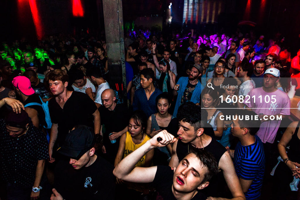 160821105 |  Completely full dance floor at Brooklyn warehouse party. Electric Minds 10: Sublimate with Ben U... | Team Chuubie