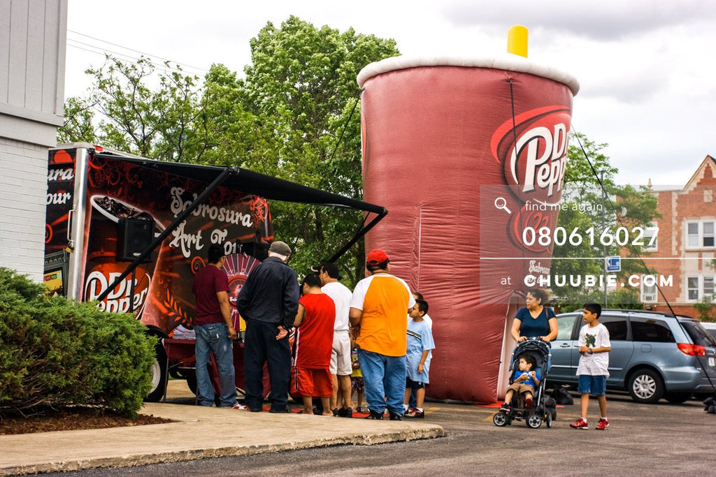 80613027 |  Crowd gathered in front of the inflatable art gallery.  —Dr. Pepper Sabrosura mobile tour event ... | Team Chuubie