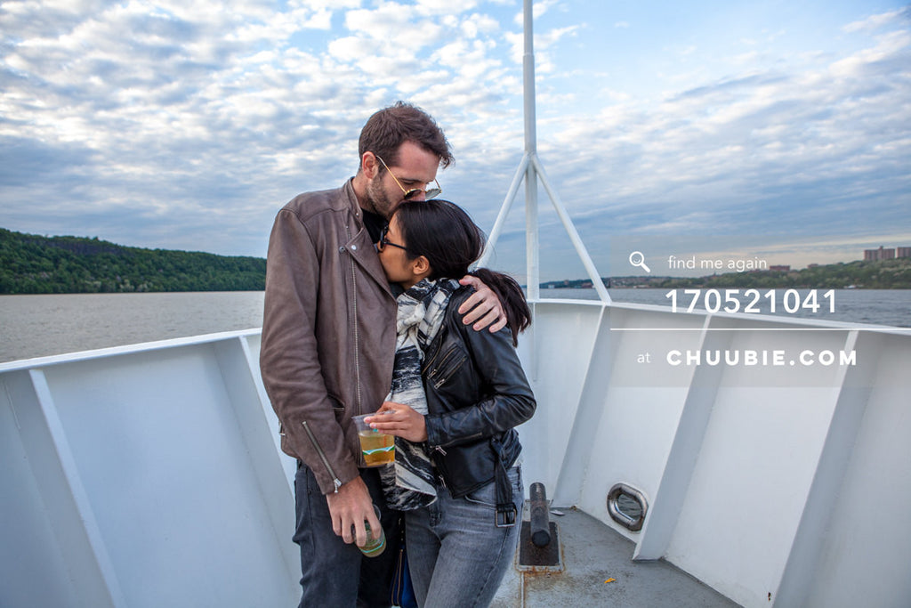 170521041 |  Portrait of Gattis & Abby on the Hudson River at dusk — ebb+flow boat party May 21, 2017 | Team Chuubie