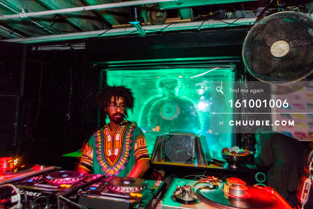 161001006 |  Turtle Bugg sporting Dashiki realness.   Sublimate presents: Hunee September 30, 11pm - October ... | Team Chuubie