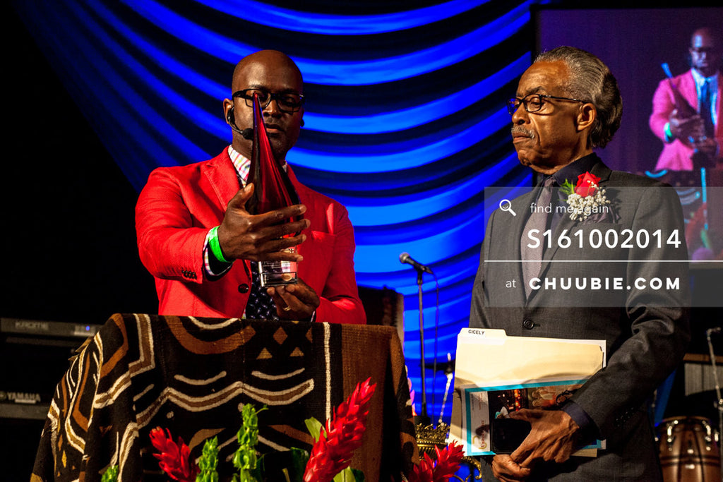 S161002014 | Reverend Al Sharpton accepting award from Bishop Xavier Eikerenkoetter on behalf of The United Pa... | Team Chuubie