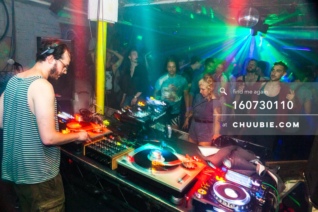 160730110 | Sagotsky DJ ing vinyl to a full morning dance floor. — Sublimate & Ruse Labs present: Mood ii... | Team Chuubie