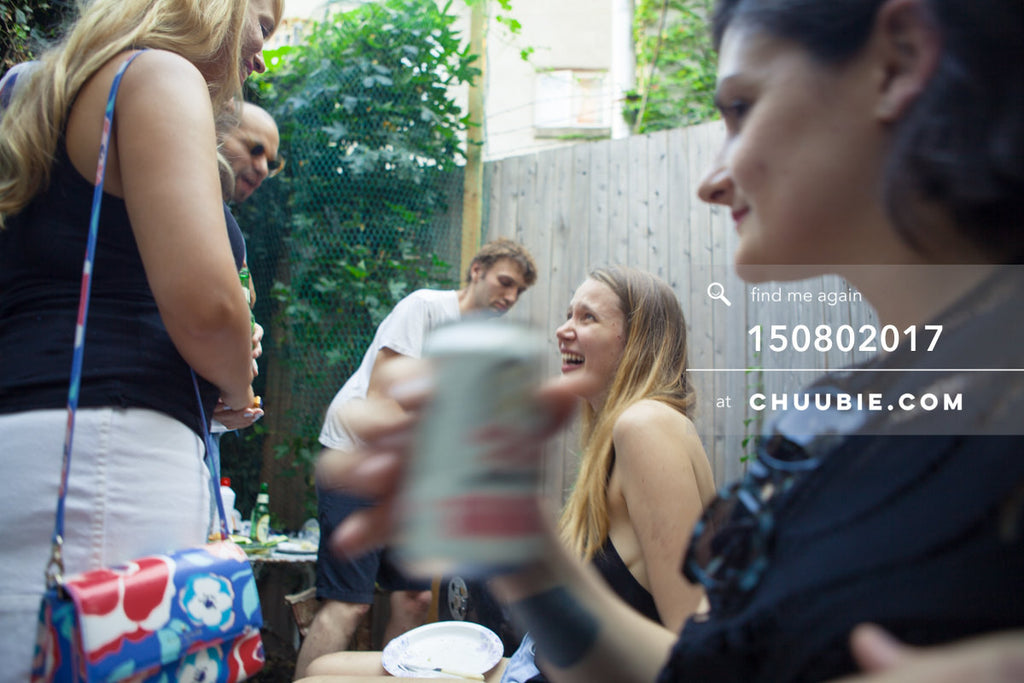 150802017 | Summer backyard BBQ vignette - Lisa in conversation with Lauren Coles, Megan Good sips a drink at... | Team Chuubie