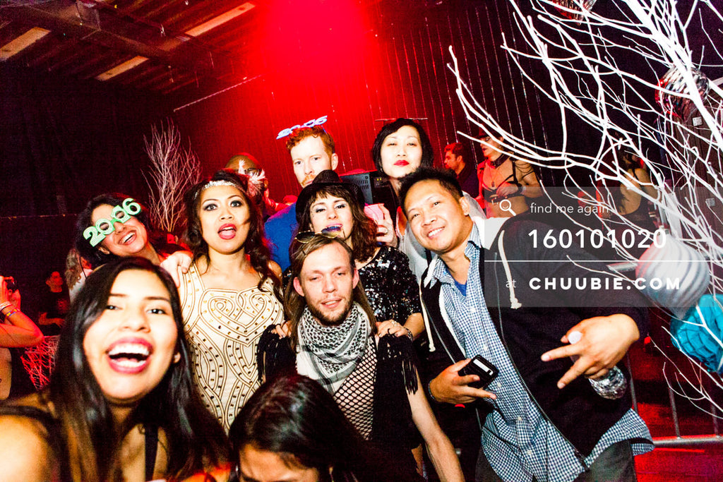 160101020 | ebb+flow family photo with DJ Carol Ferraz, Suzie Rosalynne, DJ Gavin Stephenson, friend, Isaac W... | Team Chuubie