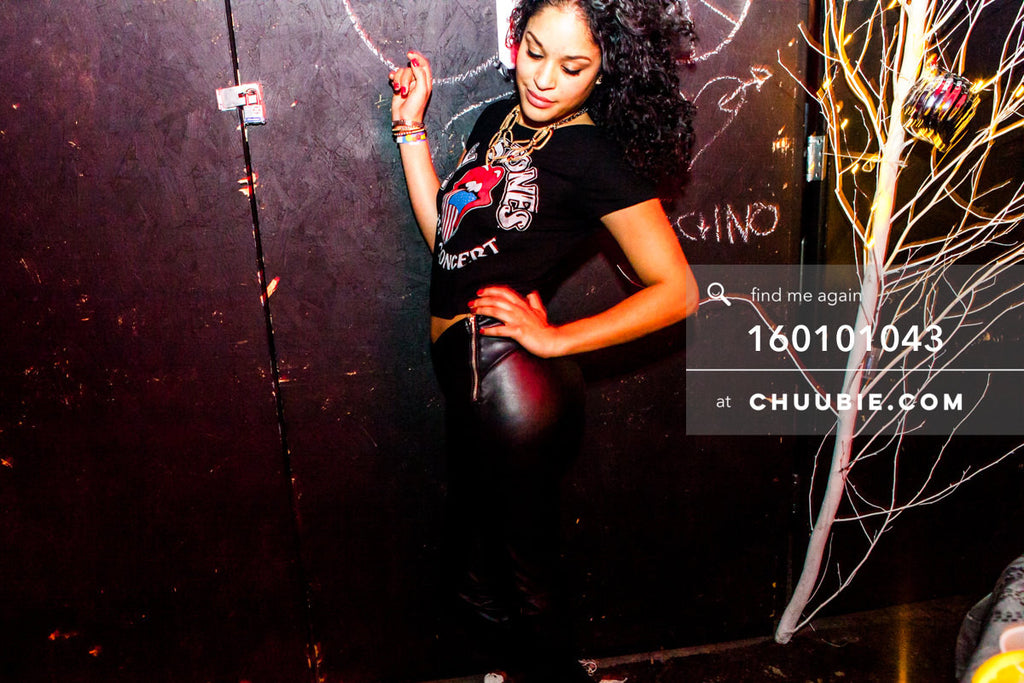 160101043 | Stylish female dancer —Tal Ohana's ZigZag Deep NYC. New Year 2016 warehouse party, Brooklyn NY. | Team Chuubie