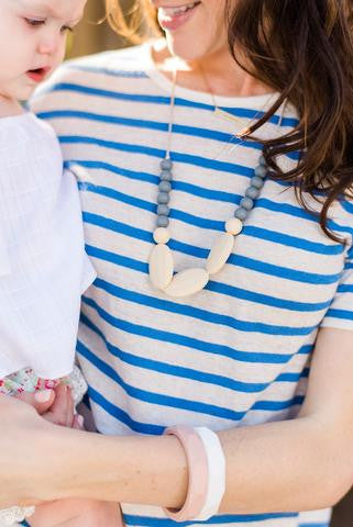 "The ""Hudson-Grey"" teething necklace"