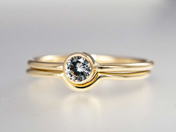Fitted Round Wedding Band Custom Made in Gold or Platinum