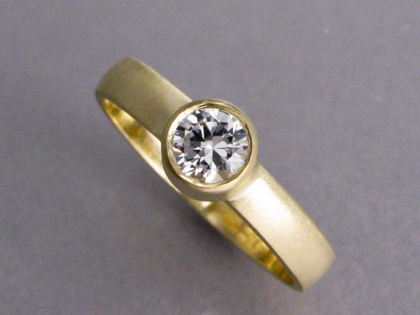 5mm White Sapphire Solitaire Engagement Ring in 14k Yellow Gold