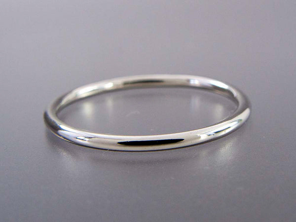 Round Wedding Band Custom Made in Gold, Palladium, or Platinum